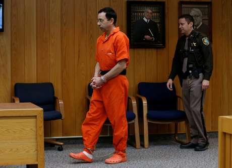 Larry Nassar condenado a mais 40 a 125 anos de prisão