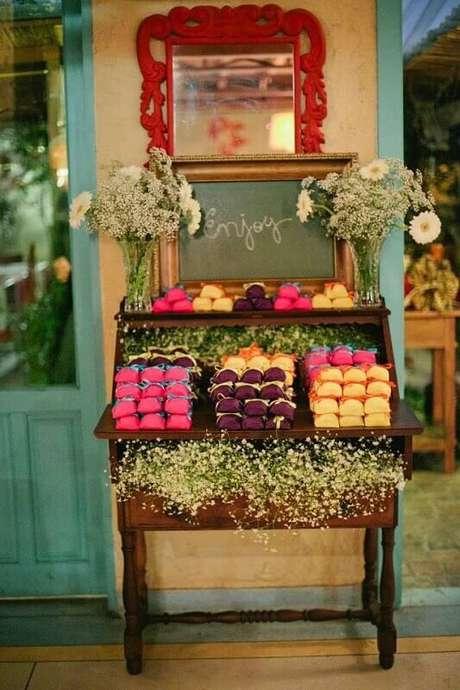 9. O casamento em casa precisa oferecer conforto para os convidados e um ambiente bem decorado e harmonioso.
