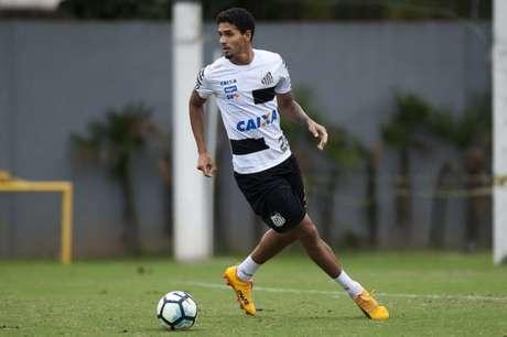 Lucas Veríssimo pode trocar o Santos pelo futebol russo
