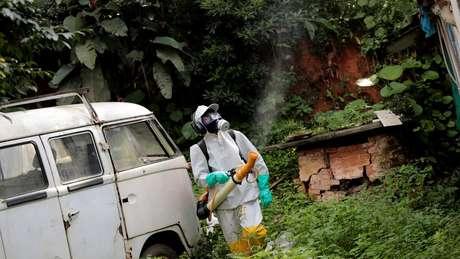 Pesquisadores estimam que mais de 700 pessoas tenham sido infectadas pelo vírus da febre amarela desde julho de 2017