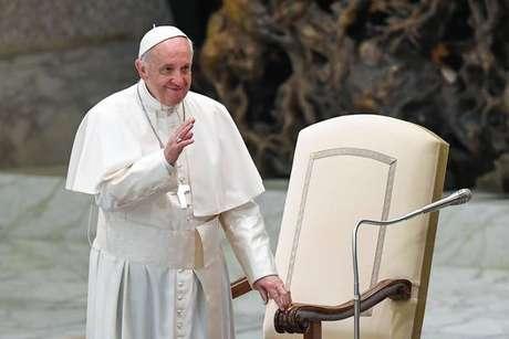 Papa pede para empregados da Embraco lutarem contra demissões