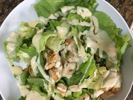 Salada imitando caesar