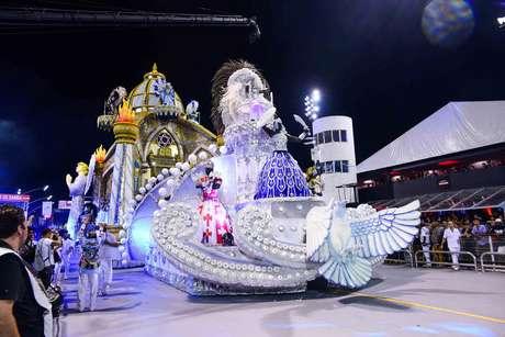 Sete escolas de samba irão desfilar na primeira noite do Carnaval paulista
