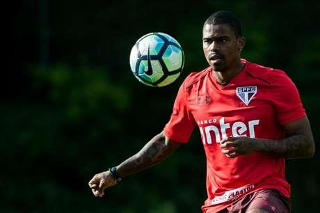 Maicosuel fez acordo para ficar no Grêmio até o final do ano (Foto: Maurício Rummens/Fotoarena/Lancepress!)