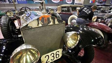 Coleção de carros antigos da FSB, incluindo um Rolls Royce Silver Ghost de 1922