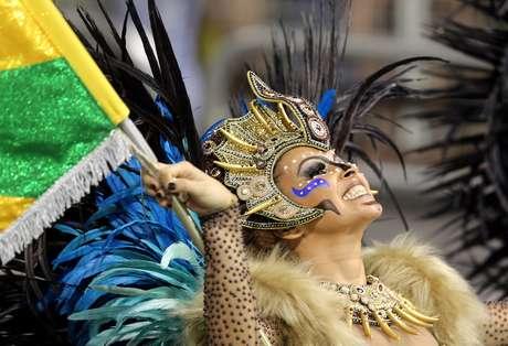 Unidos do Peruche apresentou um samba-enredo em homenagem a Martinho da Vila
