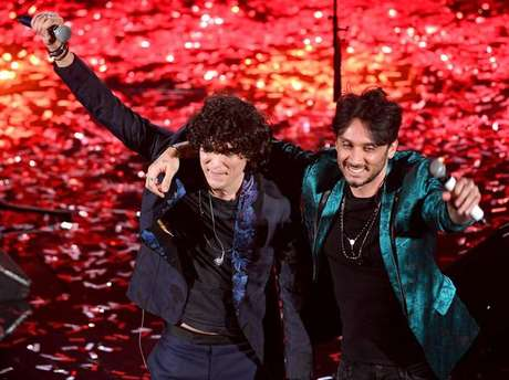 Ermal Meta e Fabrizio Moro vencem Festival de Sanremo