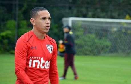 Nesta temporada, Marcos Guilherme fez um gol e tem sido o jogador do sistema ofensivo mais elogiado pelos torcedores (Érico Leonan/saopaulofc.net