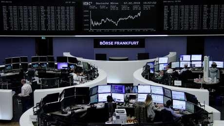Índice DAX é visto durante pregão da Bolsa de Frankfurt 07/02/2018 REUTERS/Staff/Remote