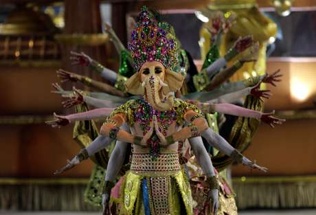 Mocidade exaltou a cultura da Índia, no encerramento da primeira noite de desfiles
