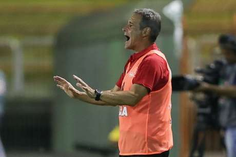 'Tem uma função importante, presente na área', diz Carpa (Gilvan de Souza/Flamengo)