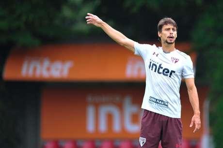 Rodrigo Caio acertou 367 passes nos seis jogos em que esteve em campo em 2018 (Foto: Maurício Rummens/Fotoarena/Lancepress!)