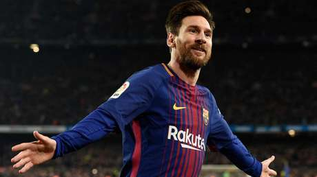 Messi em ação pelo Barcelona (Foto: AFP)