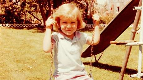 Tara vai publicar suas memórias de infância, com detalhes sobre sua educação não convencional