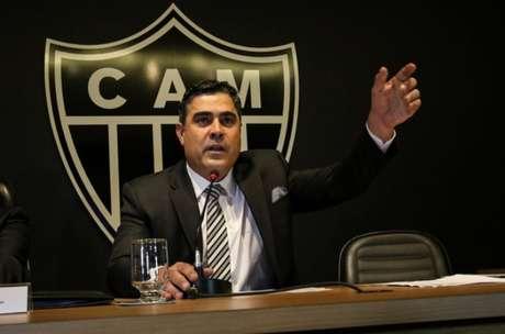 Presidente tem a missão de fechar com um novo treinador para equipe mineira (Foto: Bruno Cantini / Atlético-MG)