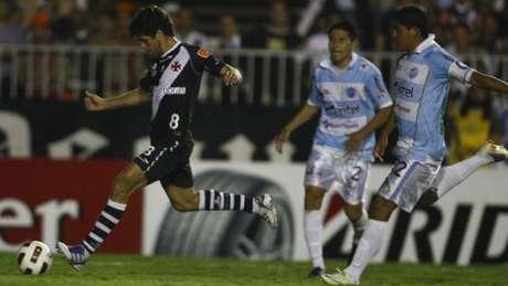 Último jogo do Vasco contra time da Bolívia foi em 26/10/2011: sonora goleada por 8 a 3 sobre o Aurora no Rio de Janeiro