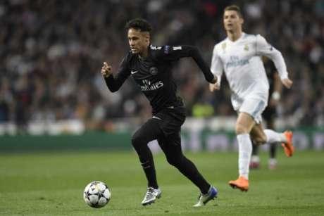 Dono do PSG diz Neymar não vai sair do clube (Foto: GABRIEL BOUYS / AFP)
