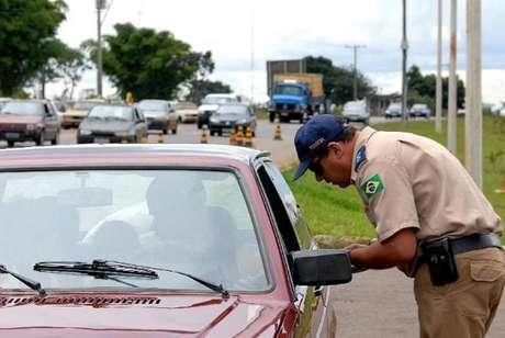 Foram autuados 1.497 motoristas por embriaguez ao volante, número 22% menor do que no mesmo período do ano passado