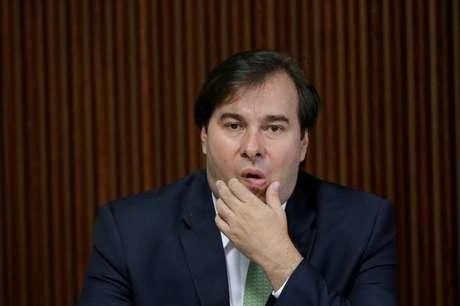 Maia descarta votar reforma da Previdência sem consulta do STF