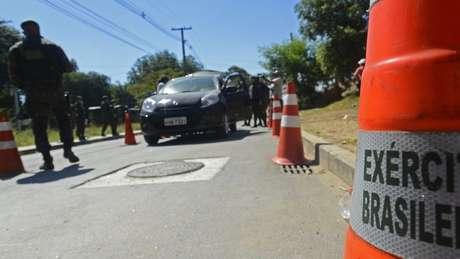 Operação de segurança do Exército durante a Olimpíada; Braga Netto já expressou reservas a operações do tipo, pelo alto custo financeiro, logístico e psicológico | Foto: Tania Rego/Ag Brasil