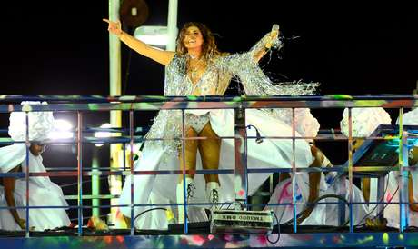 Daniela Mercury comanda o Bloco Pipoca da Rainha no domingo (18)