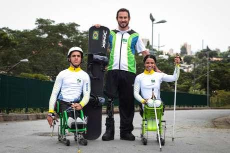 Aline Rocha, Cristian Ribera e Andre Cintra vão representar o Brasil nos Jogos Paralímpicos de Inverno (Divulgação / Comitê Paralímpico Brasileiro)