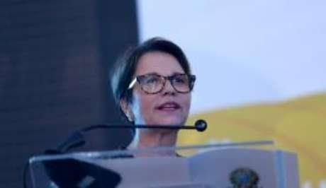 A presidente da Frente Parlamentar da Agropecuária, deputada Tereza Cristina, durante cerimônia de posse