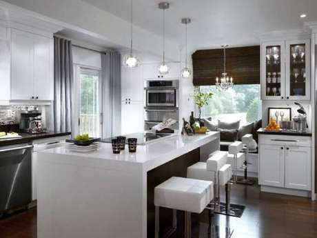 11. Decoração de cozinha com ilha
