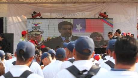 Governo da Venezuela rechaça críticas ao processo eleitoral e diz que haverá eleições antecipadas 'chova, trovoe ou relampeje'