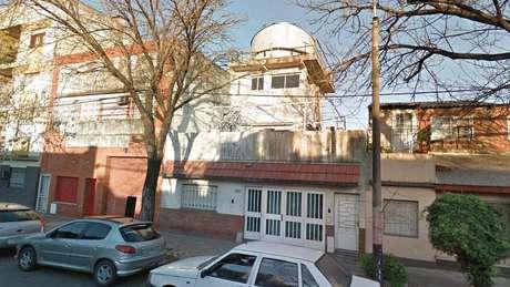 Buso criou em sua casa o que chama de 'Observatório Busoniano' | Foto: Google Street View