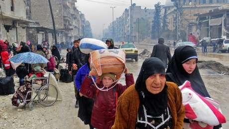 Quase a metade dos 23 milhões de habitantes da Síria antes do conflito foram deslocados durante a guerra