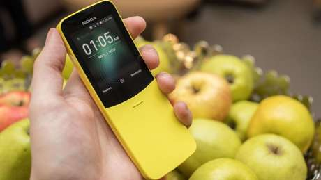 Bonitinho, simples e saudosista, este é o Nokia 8110 com 4G (Foto: Nokia)