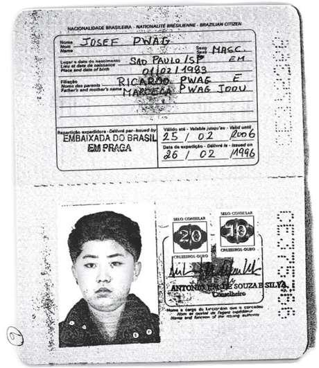 Cópia obtida pela Reuters de passaporte brasileiro com foto de Kim Jong-un