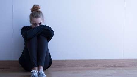 Pesquisa mostrou pico de solidão na adolescência