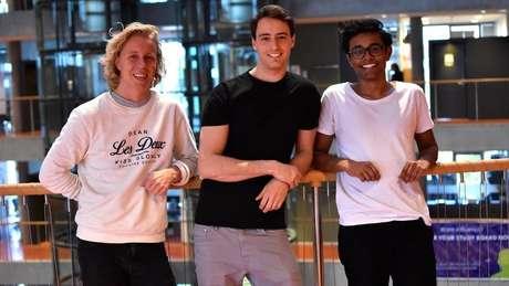 Os três fundadores querem achar uma solução para a distração causada pelos celulares | Foto: Hold