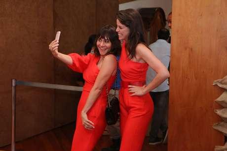 Alessandra Negrini e Agatha Moreira (Fotos: Daniel PInheiro/AgNews)