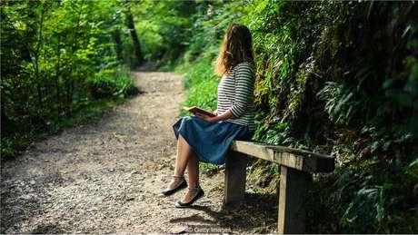 Benefícios de estimulação à memória durante repouso tranquilo foram documentados em 1900