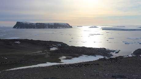 Essas são águas perigosas - daí vem o nome das ilhas | Foto: T.Hart/Oxford