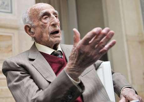 Aos 107 anos, morre o artista mais velho da Itália