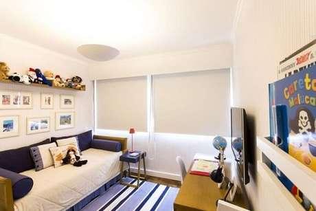 74. O quarto infantil também pode te quadros nas paredes. Projeto de Decore Planejados