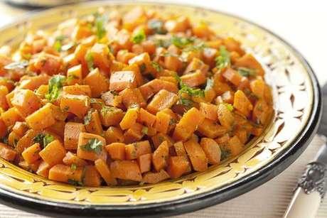 Salada marroquina de cenoura