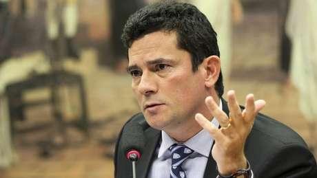 O juiz Sérgio Moro, que recebe auxílio-moradia mesmo tendo um imóvel próprio, afirmou que o benefício compensa falta de reajuste | Foto: Ag. Brasil
