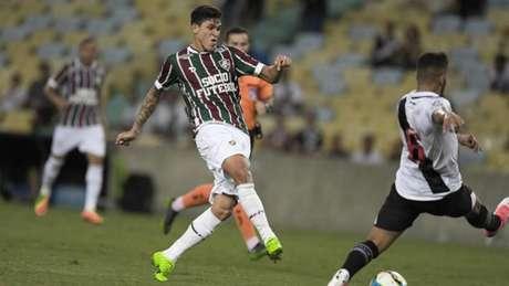 Vasco e Fluminense erram muito e empatam sem gols pela Taça Rio