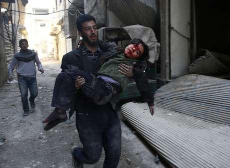 Cenas de horror em Ghouta Oriental choracam o mundo