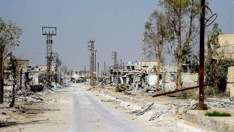 Área destruída em Ghouta Oriental, em foto da Sana, a agência de notícias do governo