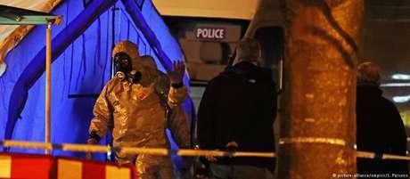 Polícia analisa local onde ex-espião foi encontrado