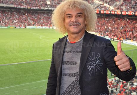 Comentarista, Valderrama promete cortar cabelo por título da Colômbia