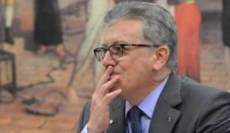 O ex-presidente da Petrobras Aldemir Bendine foi condenado a 11 anos de prisão()