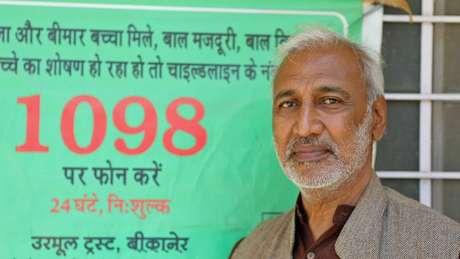 Arvind Ojha, líder da organização Urmul Trust, diz que a idade média de casamento está aumentando, mas ainda está longe dos 18 anos | Foto: Peter Leng/Neha Sharma