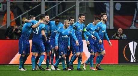 Arsenal vence o Milan por 2 a 0, em pleno San Siro (Foto: Reprodução / Twitter)
